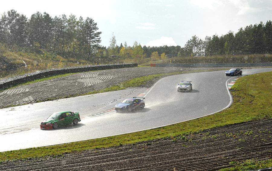 Победа Subaru в российской серии кольцевых гонок
